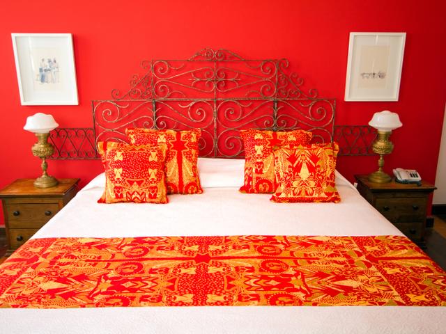 Quarto casal luxo Xangô, cama queen, com vista Pelourinho
