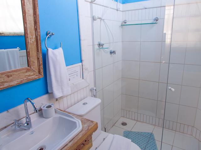 Private bathroom, luxury room Yemanjá, Pelourinho, Salvador