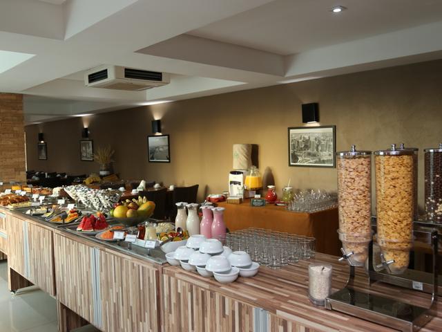 Café da manhã Real Classic Hotel Aracaju