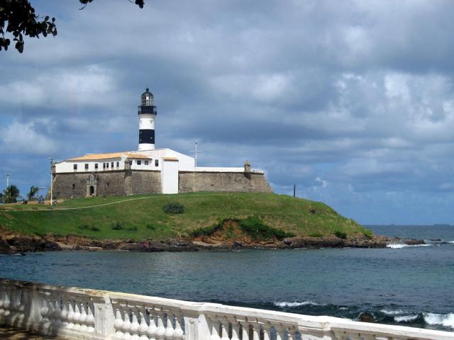 Farol da Barra, mar, barra, calçadão, nuvens, praia