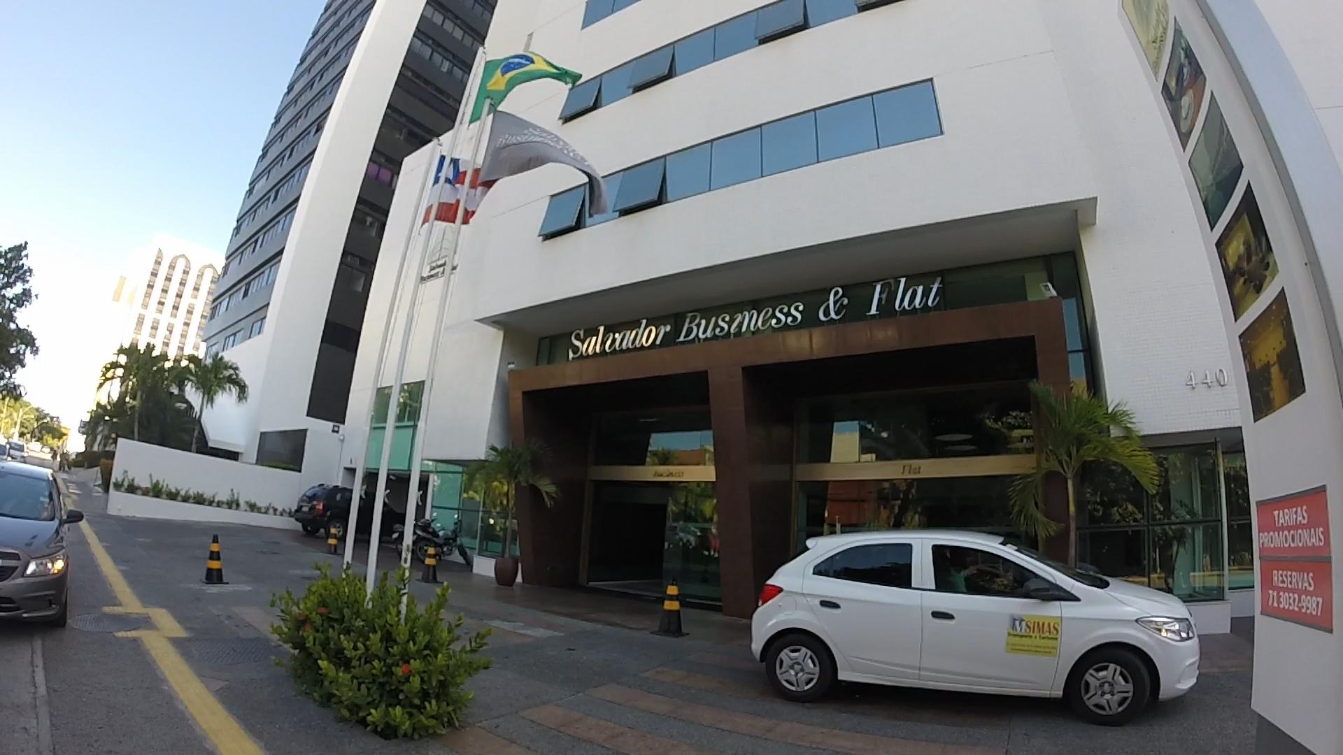 Fachada do Salvador Business & Flat