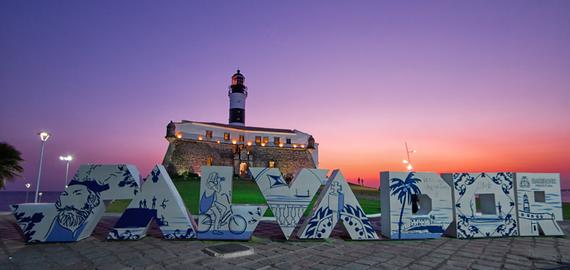 O Farol é um dos pontos turísticos importantes de Salvador