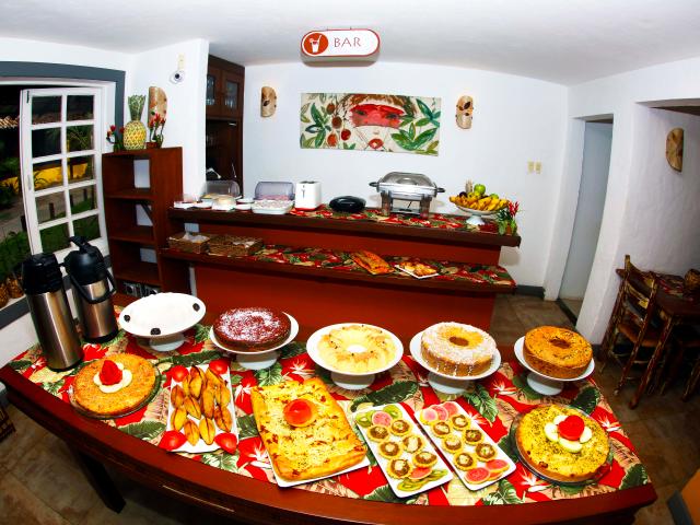Café da Manhã Tatuapara - Pousada em Praia do Forte, Bahia