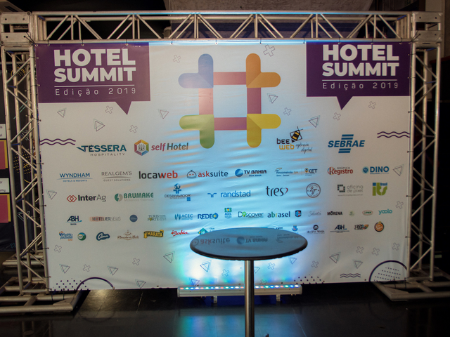 Backdrop Hotel Summit 2019