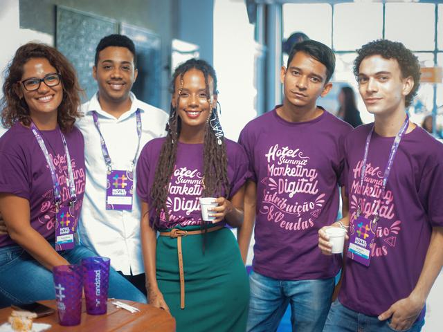 Equipe BeeWeb - Hotel Summit 2019