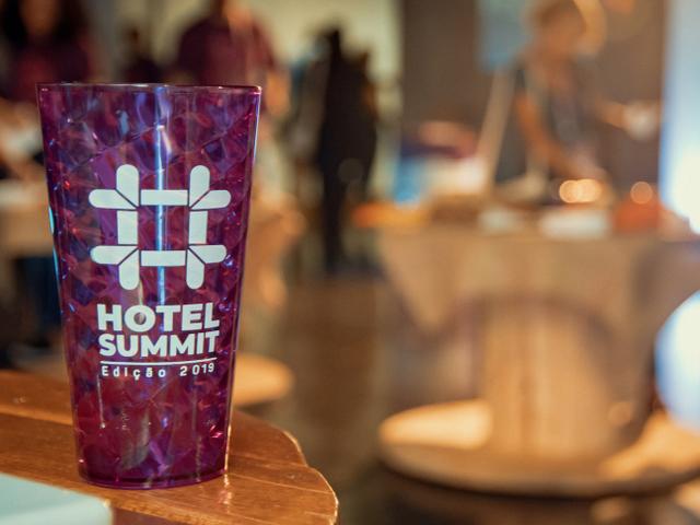 Brinde da Randstad Copo Hotel Summit 2019