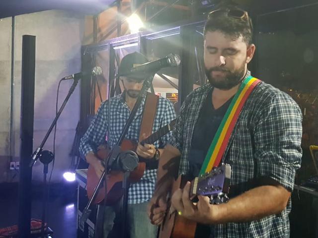 Banda Morena DUB no palco - Hotel Summit 2019